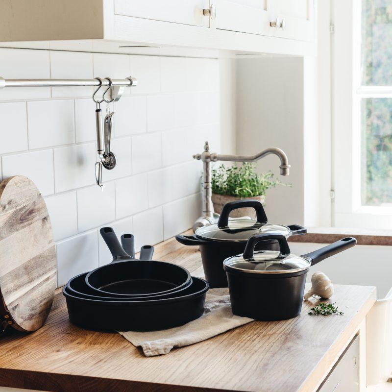 Stek- och kokkärl